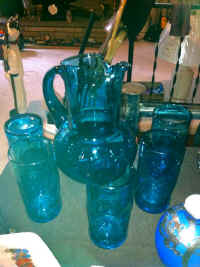 BLUE PITCHER AND GLASSES.JPG.jpg (76650 bytes)