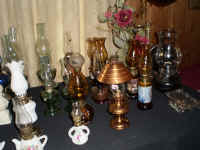 OIL LAMPS3.JPG.jpg (116360 bytes)