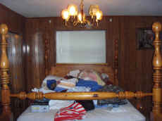 Massive Knotty Pine Bassett Bedroom Suite.JPG (68742 bytes)