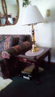 lamp and end table.jpg (58489 bytes)